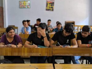 economics hons students