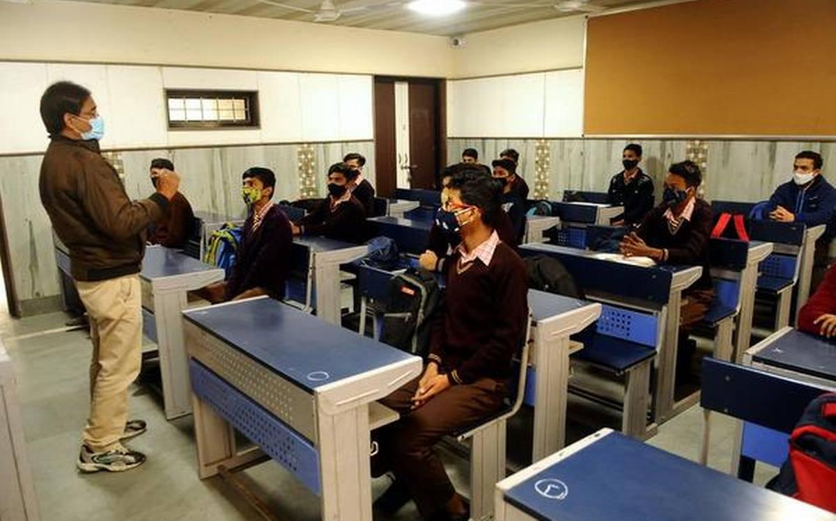 colleges reopen delhi
